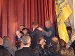 Побили народного депутата від «Свободи» Леонова