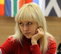 Президент нагородив орденом чемпіонку світу з шахів Анну Ушеніну - фото