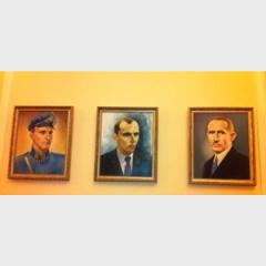 Віце-спікер ВР вивісив у своєму кабінеті портрети Бандери, Шухевича і Коновальця - фото