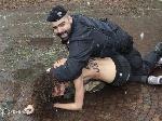 Активістки FEMEN хотіли показати Берлусконі голі груди