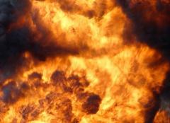 У Києві від вибуху автомобіля постраждав чоловік - фото