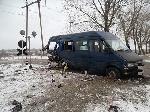 Потяг збив мікроавтобус з людьми