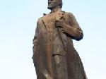 У Єнакієве облили фарбою пам'ятник Леніну