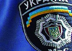 Оболонські міліціонери продавали наркотики - фото