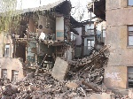 У Константинівці в житловому будинку рухнула стіна – є постраждалі