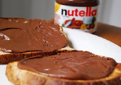 В Німеччині вкрали 5,5 тон шоколадно-горіхової пасти - фото