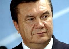 Янукович звинувачує у гальмуванні реформ «окремих чиновників» - фото