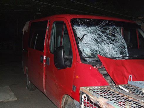 На Рівненщині водій на смерть збив трьох людей і втік - фото