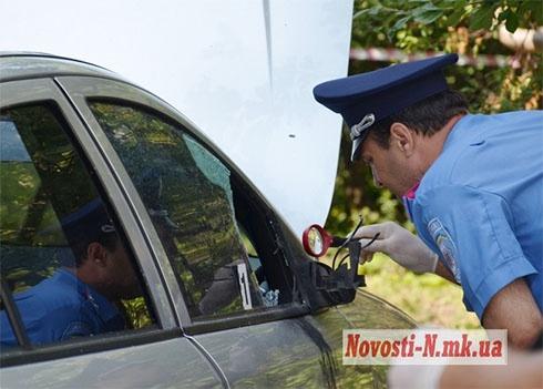 У Миколаєві підірвали машину майора міліції - фото