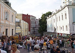 До Дня Незалежності близько тисячі художників влаштують у столиці виставки-ярмарки - фото
