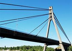 Рух Московським мостом частково обмежать - фото