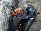 В Сумах чоловіка завалило землею [відео]