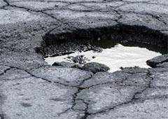 12-літня дівчинка провалилася у яму з окропом - фото
