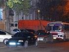 Будівлю міліції, в якій знаходиться Марков, блокує сміттєвоз його ж фірми