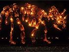 У Нью-Йорку встановили гігантські скульптури з гарбузів, що світяться