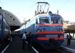 Укрзалізниця відмовила міліції у внесенні паспортних даних пасажирів на квитки - фото