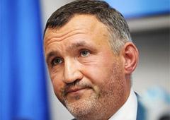 Янукович відправив Кузьміна з Генпрокуратури до РНБО - фото