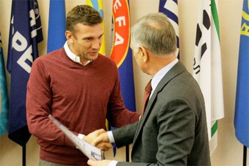 Андрій Шевченко став тренером - фото