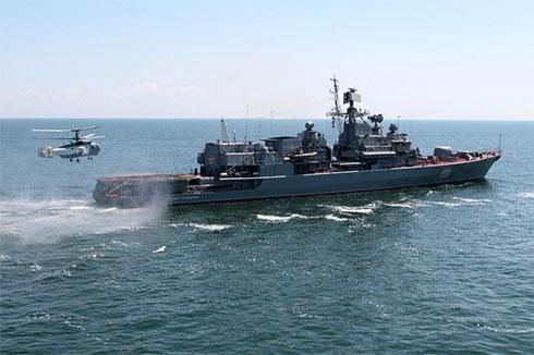 «Гетьман Сагайдачний» захистив цивільне судно від піратів - фото