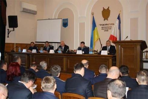 Міліція Криму масово порушує закон – прокуратура - фото