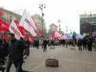 Опозиція помітингувала під Київрадою та пішла мітингувати до ВР