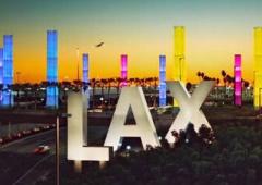 Стрілок в аеропорту Лос-Анджелесу цілив лише в охоронців - фото