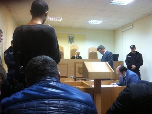 Суд присудив 2 місяці арешту свободівцю, нібито, за бійку з беркутом - фото