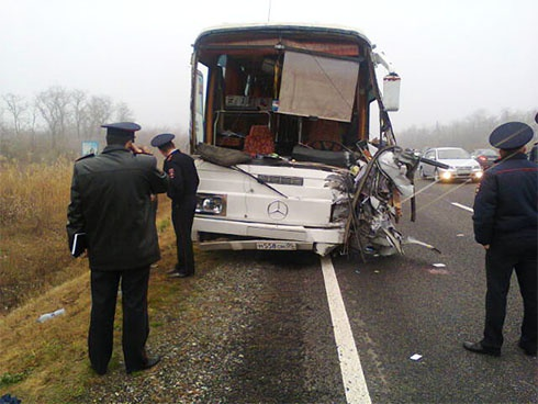 У Росії в аварії загинули троє українців - фото