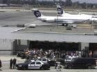 В аеропорту Лос-Анджелесу стріляли