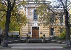 «Беркут» розгромив будинок Спілки письменників - фото