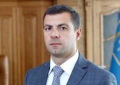 Гуманітарними та комунікаційними питаннями у президента займатиметься Юрій Чмирь - фото