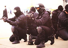 На Євромайдані побоюються переодягненої «Альфи» - фото