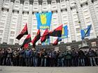 Свободівці «не розчули» рішення суду про заборону блокування Кабміну