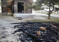 У Євпаторії підпалили храм Київського патріархату за підтримку Євромайдану - фото