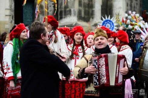 На свята Львів відвідали 120 тисяч туристів - фото
