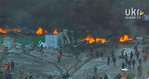 Ранок 23 січня на Грушевського: протистояння триває - фото