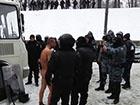 Як міліція знущається над затриманим на Грушевського – відео