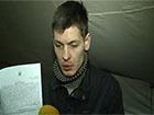 Міліція підкинула хлопцю зброю та змусила сказати на відеокамеру, що він стоїть на Майдані за гроші