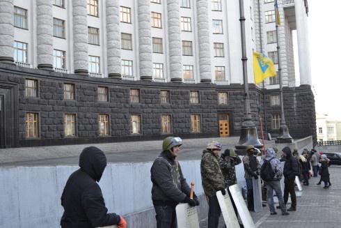 На Майдані оголосили кандидатів до Кабінету міністрів - фото