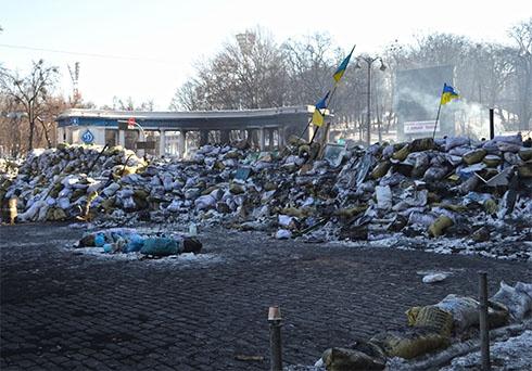 «Правий сектор» готовий звільнити вулицю Грушевського - фото