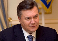 Про військове вторгнення в Україну Путіна попросив Янукович - фото