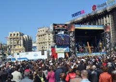 На Майдані діятиме «комендантська година» - фото