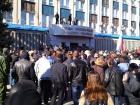 У Луганську сепаратисти захопили будівлю СБУ