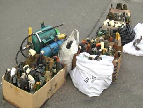 У Нових Петрівцях до міліції здали 150 «Коктейлів Молотова» - фото