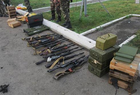 З Росії їхали дві «Газелі», набиті зброєю та боєприпасами - фото