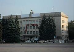 Над Краматорськом піднято український прапор - фото