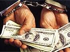 У Чернівцях працівник військкомату вимагав $500 за не відправлення в зону АТО