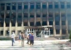 У Дзержинську практично знищено центр міста - фото