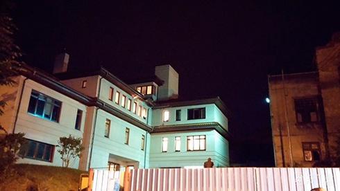 В будинок мера Львова Садового вистрілили з гранатомету - фото