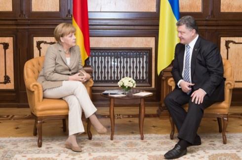 Ангела Меркель: Німеччина не визнає анексії Криму - фото